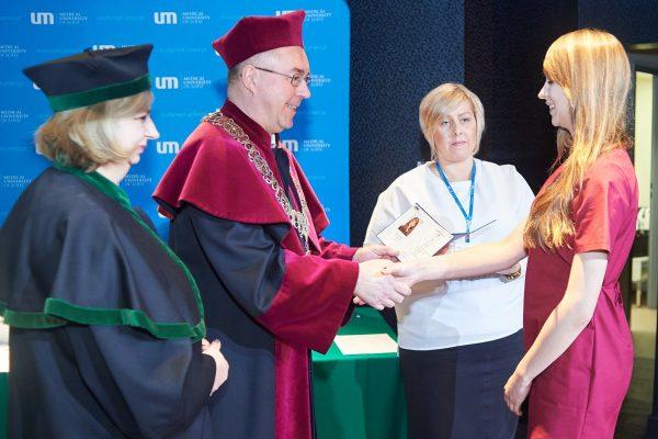 Wręczenie dyplomu