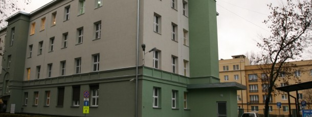 Budowa windy w budynku nr 1 przy Placu Hallera 1